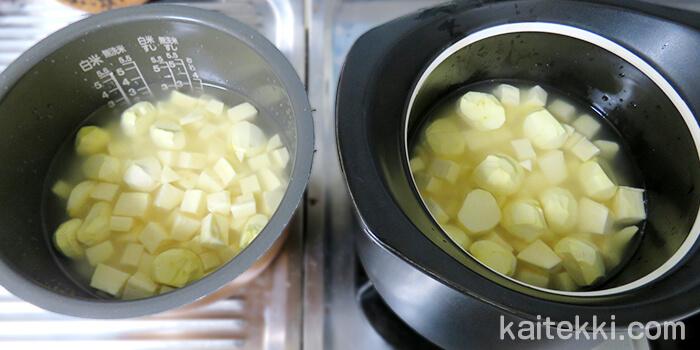 ベストポットと炊飯器に芋栗ご飯の材料と調味料を投入